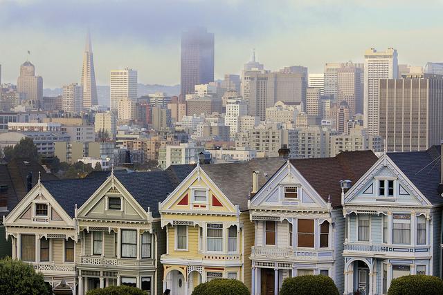 舊金山房租負擔吃不消,德州律師事務所買飛機讓律師通勤