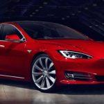 連出車禍,Tesla 改口稱 Autopilot 只是輔助駕駛而非自動