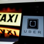 下載自美聯社 Uber, the international company that can hire private cars travel through an application on smart phones today begins operating in Argentina. From 4 pm on April 12, 2016 will be enabled for operation (Photo by Gabriel Sotelo/NurPhoto) *** Please Use Credit from Credit Field *** (Sipa via AP Images)