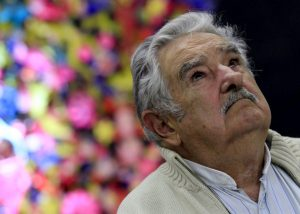 下載自路透 Former Uruguayan President Jose Mujica looks up as he adresses the audience during a conference in Havana January 26, 2016. REUTERS/Enrique de la Osa - RTX245KA