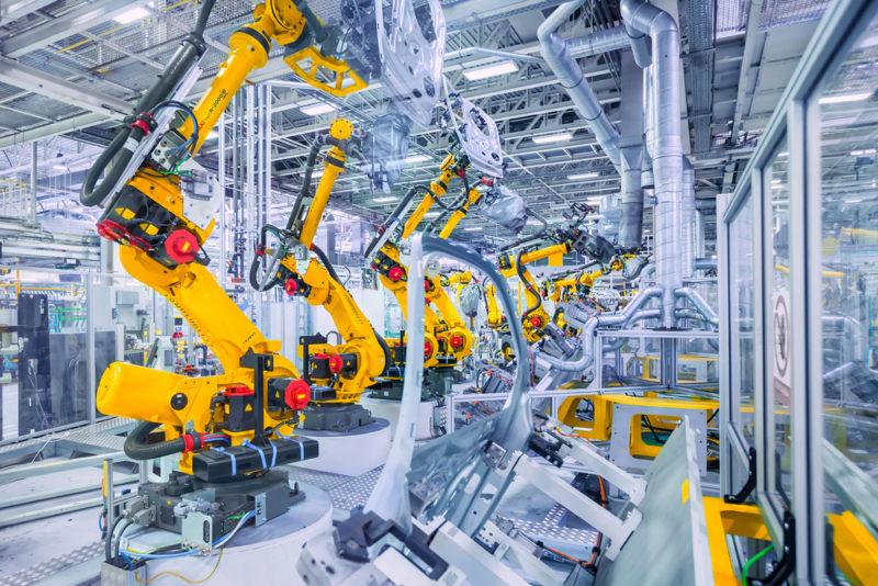 2017 年全球賣出 38 萬台工業機器人,中國是最大買家