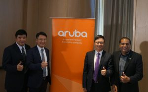 HPE-Aruba-group-photo2017