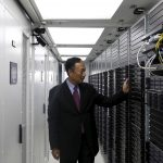 下載自路透 Terry Gou, founder and chairman of Taiwan's Foxconn Technology, poses inside a container for Foxconn's data servers, at a company's data centre in Guiyang, Guizhou province, China, May 26, 2015. Taiwan's Foxconn Technology, the world's largest contract electronics manufacturer, is aiming to develop 10-12 facilities in India, including factories and data centres, by 2020, Chairman Terry Gou said on Tuesday. Picture taken May 26, 2015. REUTERS/Paul Carsten - RTX1EN58