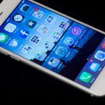 被滑手機駕駛撞,男子控告蘋果未在使用者開車時鎖定 iPhone