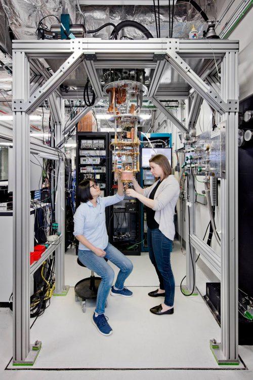 微軟搶先 Google、IBM 推出祕密武器「Q#」,要讓量子電腦遍地開花