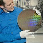 狠甩英特爾,三星聯合 IBM 開發出首款 5 奈米製程晶片