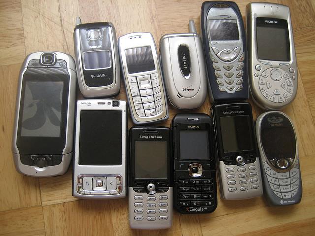 手機原有機會提早 40 年普及,當年阻擋的公司反成最大推手