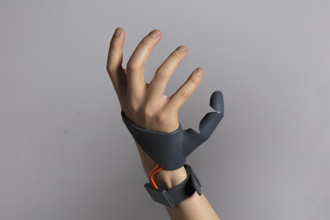 重新定義義肢用途,第 6 根手指延伸肢體運用的可能性
