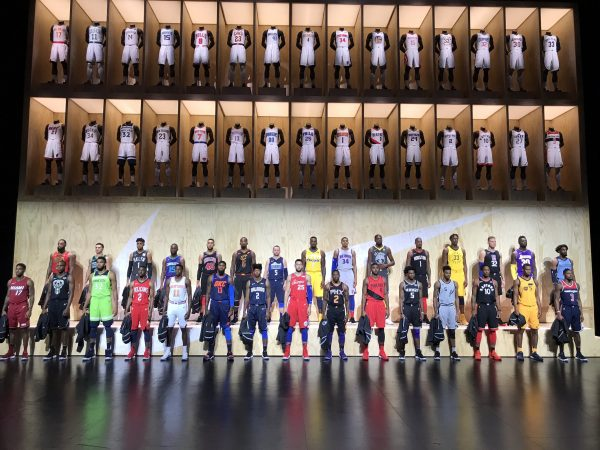NBA各队新版球衣。