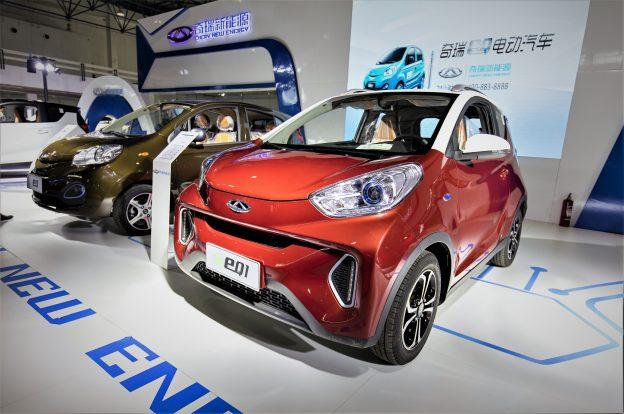 180 億美元的泡沫?中國電動車處於危機邊緣