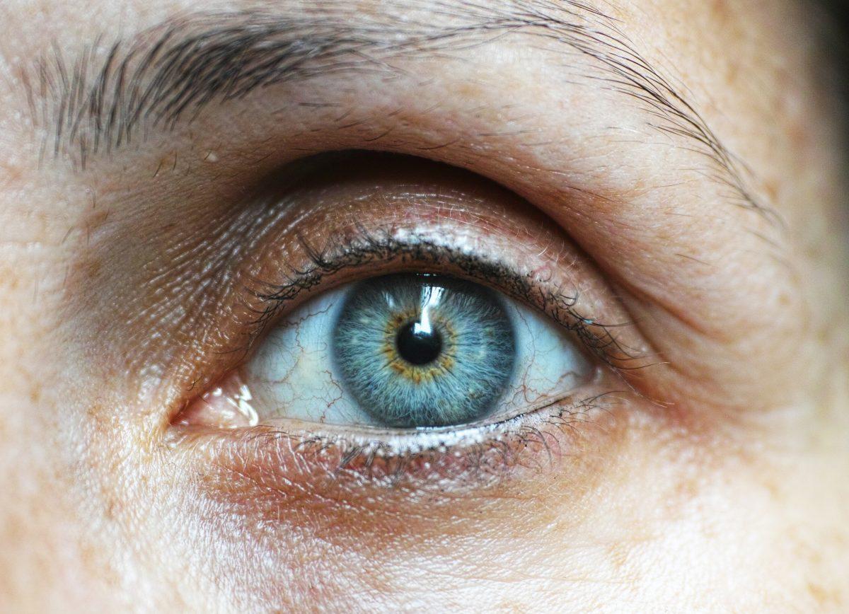 英國生物化學家發明預防老人「失明」眼藥水