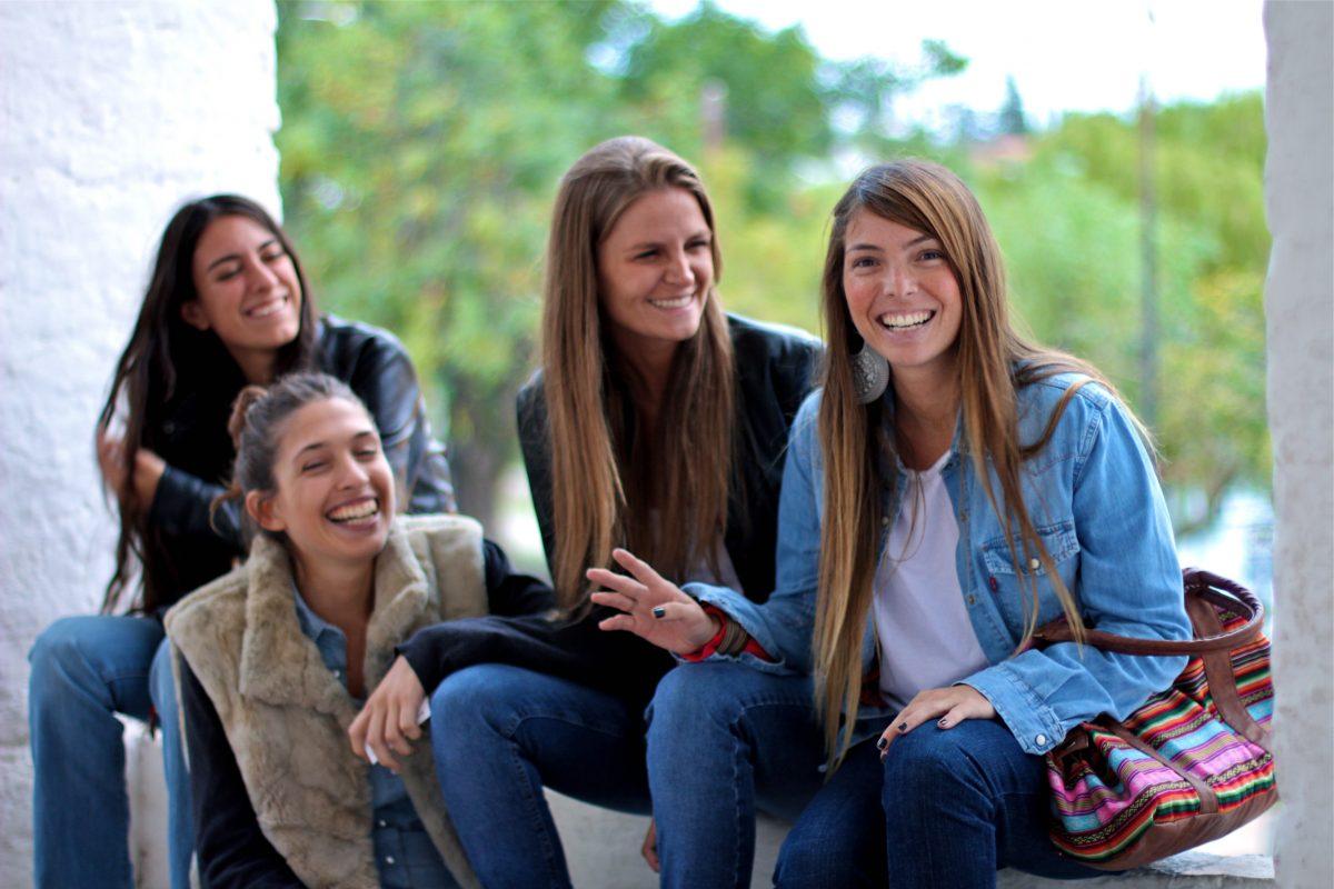 腦容量有限,最親密朋友最多 5 人