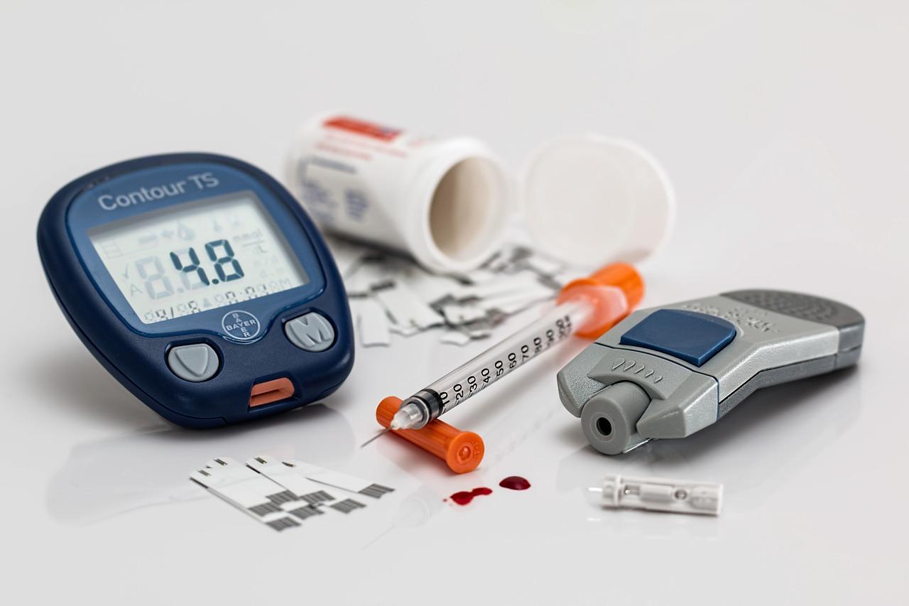 糖尿病定期追蹤穩病情,無痛血糖儀準確度漸追上侵入式設備