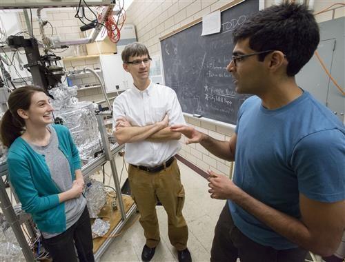 物理學家首次證實,稱為「excitonium」的物質狀態確實存在