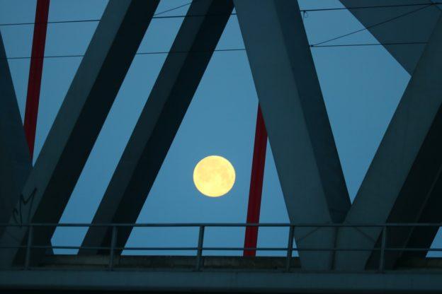 月亮週期對情緒、睡眠也有影響 - 華安 - ceo.lin的博客