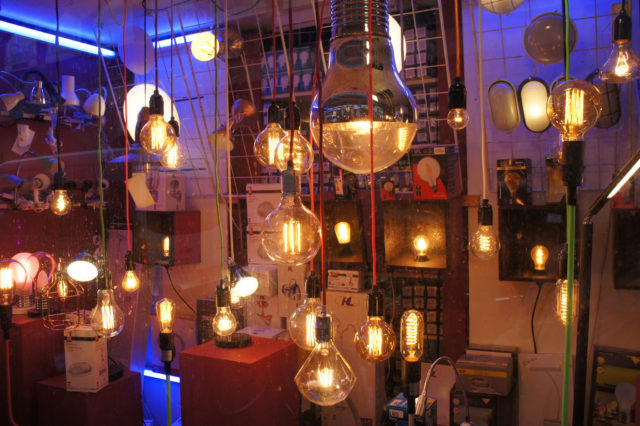 LED 燈絲燈