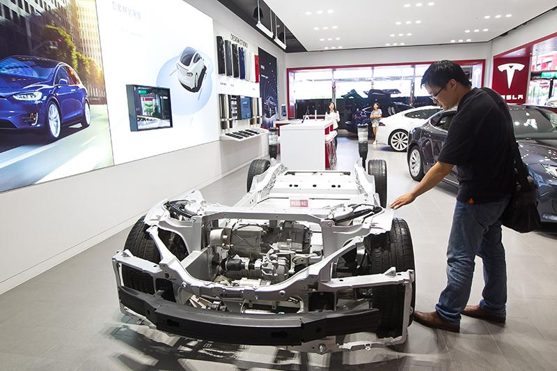 蘋果成長趨緩,電動車將成為新支柱