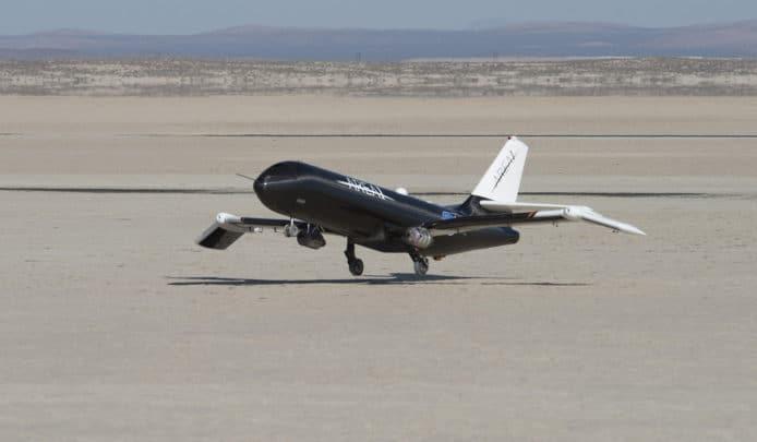 NASA 用變形記憶合金製可摺疊機翼,應付不同飛行情況 - 華安 - ceo.lin的博客
