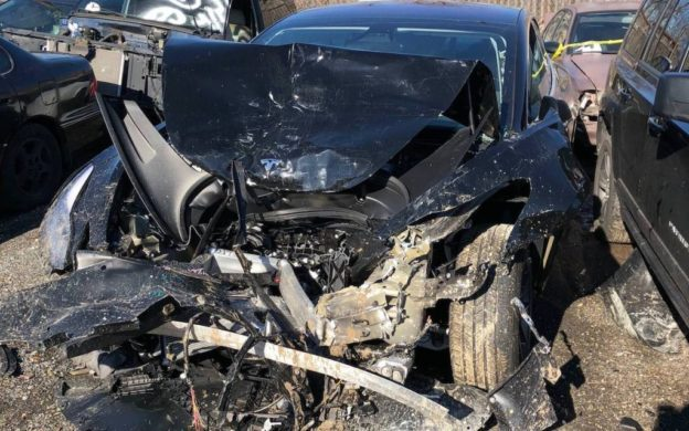Model 3 撞毀事故首例出現,其經驗將造福未來車主 - 華安 - ceo.lin的博客