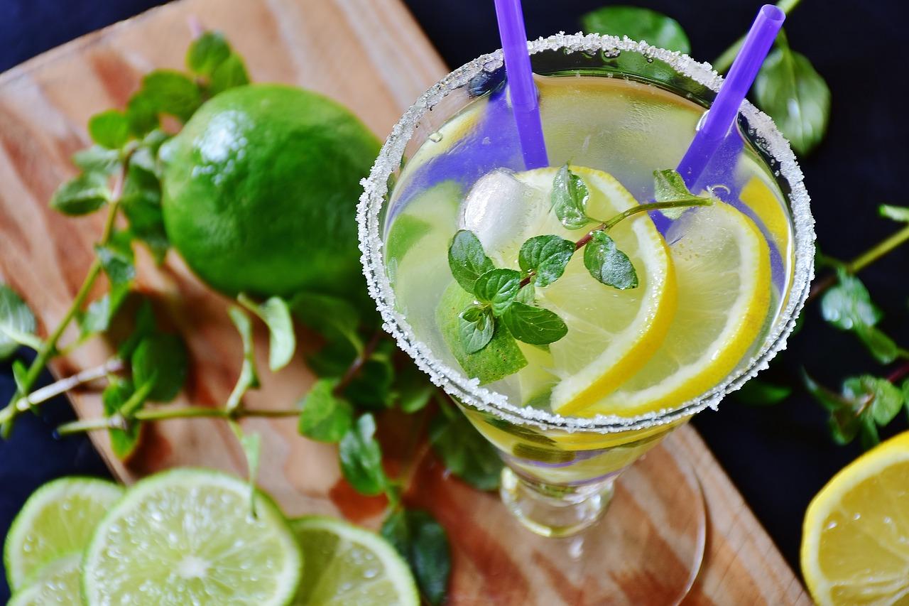 想勇敢點就來杯檸檬水?研究:吃「酸」可能會增加冒險行為