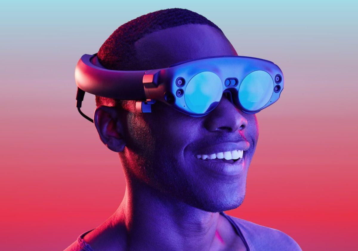 智慧眼鏡在消費端不見成效,但在企業端它們解放了工人的雙手