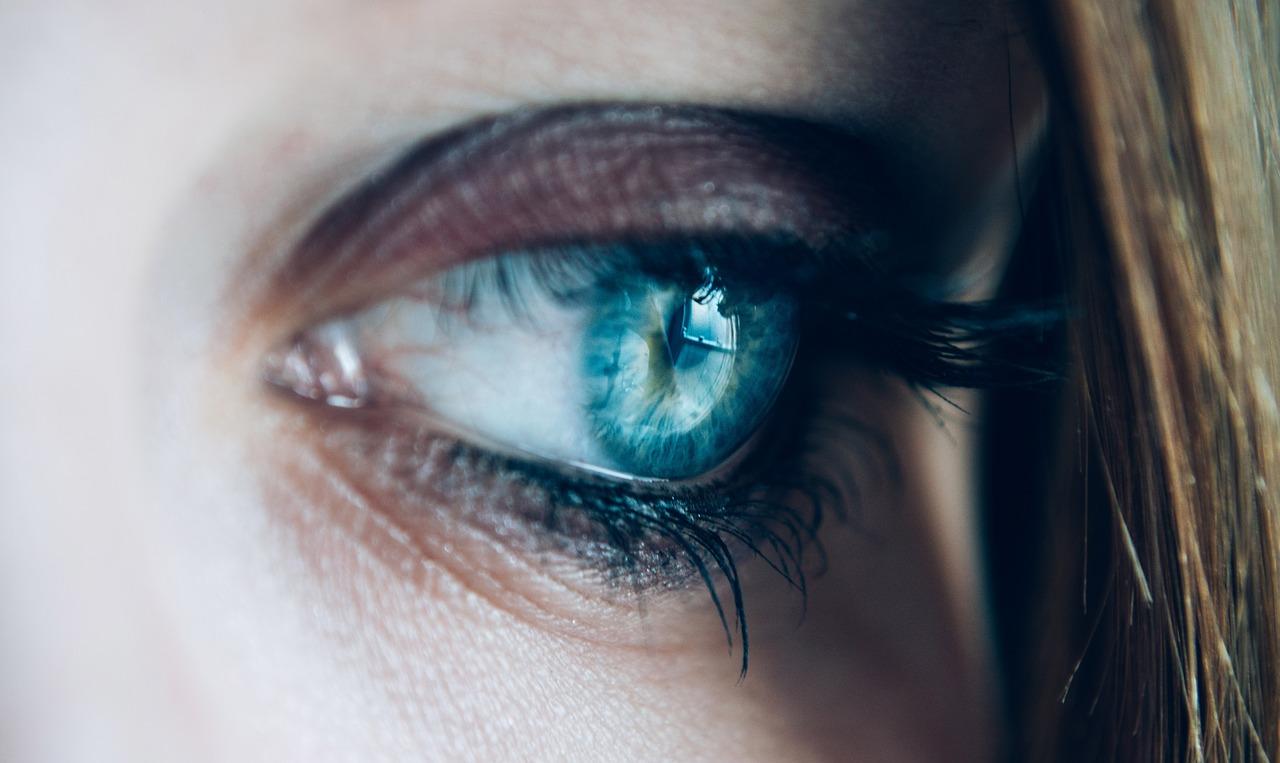 新技術掃描眼睛數秒鐘,可揪出早期阿茲海默症延緩記憶退化