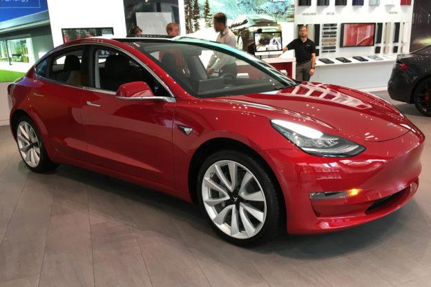 歐洲汽車廠商拆解特斯拉 Model 3,吃驚並將參考其成本控制模式
