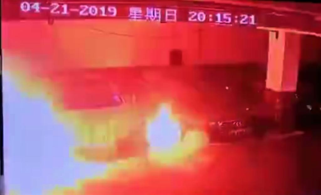 上海特斯拉電動車自燃,打開中國市場恐受阻
