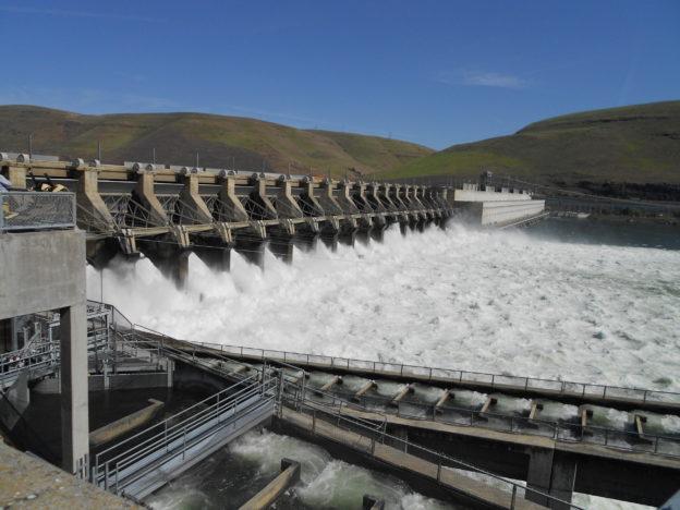 儲水與發電兼具卻不受待見,看看水力發電的美麗與憂愁