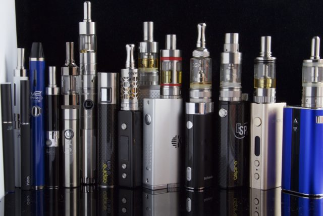 電子煙、加熱菸的原理與爭議為何? | TechNews 科技新報