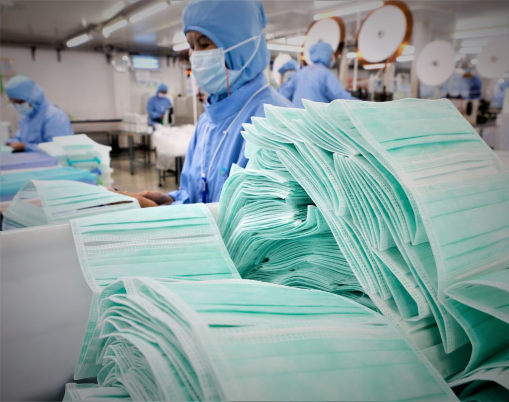 鴻海工業富聯首條口罩生產線,每日試產10 萬個| TechNews 科技新報