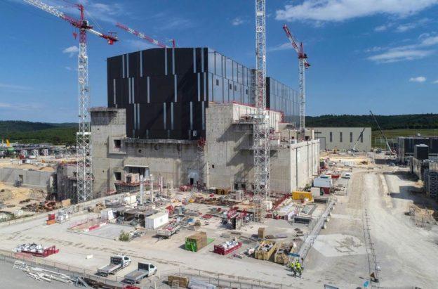 世界最大核融合反應爐終進入組裝階段,2025 年進行電漿測試