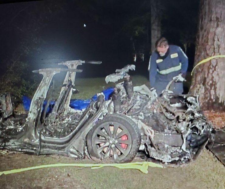没人开车,两个人被杀,特斯拉德州报道另一起致命车祸| Business Wire  TechNews技术新闻