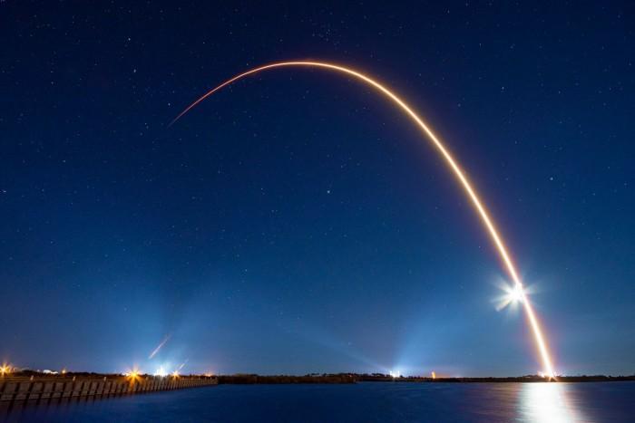 SpaceX屈服!接受Starlink的DISH操作条款